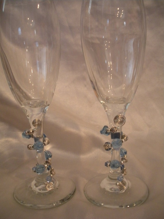 Set of two Champagne Glasses - New Years Party Glassware - Beaded Glass - Champagne - Blue Glass Beads