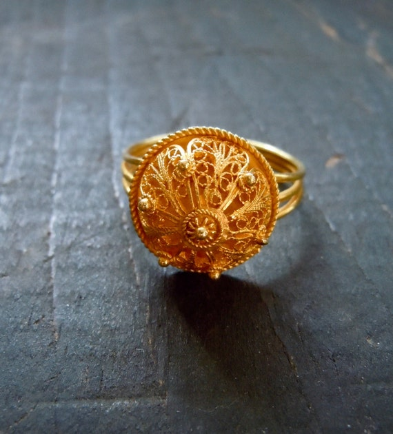 Vintage Gold Filigree Ring, 21K, India, Indian Wedding, 80's