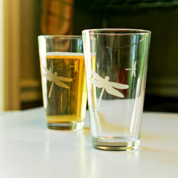 2 Dragonfly Etched Pint Glasses