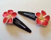Pretty flower barettes