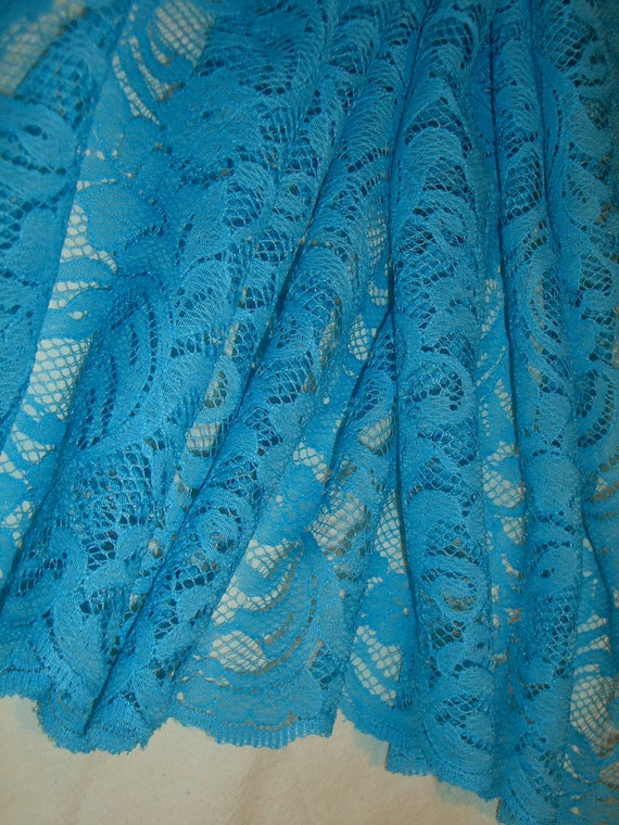 REMNANT--Turquoise Floral Design Polyester Lace Fabric--1 & 5/8 Yard