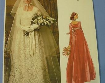 Vintage Vogue Bridal Design 1070