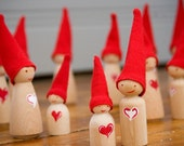 loving gnomes (simple heart)
