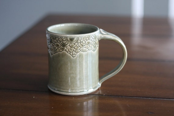 Warm Pottery Coffee Mug in Olive Green Scalloped Carved RIm