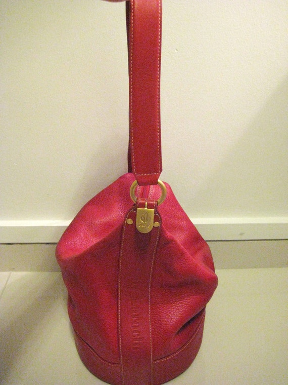 Mint Vintage GUY LAROCHE Paris Fire Engine Red Grained Leather Bucket Bag Handbag - GL Signed, Matte Gold Logo Tag, Authentic, Late 80s