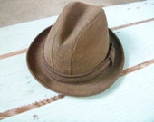 SALE Vintage Weary Traveler Hat 23 Inch