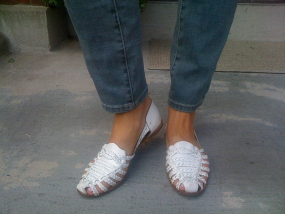 Cute White Huaraches Sandals Size 8 80 S White Leather