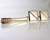 Retro Gold Tone Cuff Links and Matching Tie Clip Set