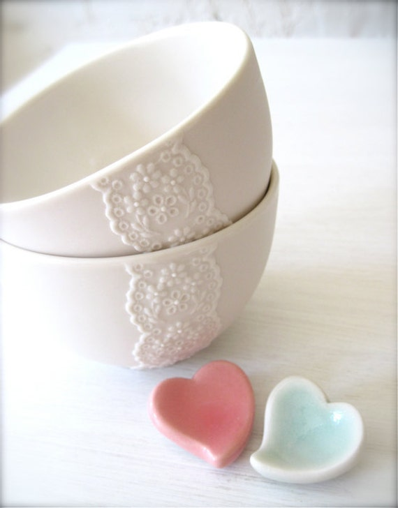 Pair of Lovely Porcelain Lace Bowls with Heart Cutlery Rests Set-Hideminy Lace Series