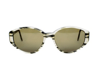 vintage oval sunglasses - gray gold black sun glasses for women - original 80s eyewear - gift for mom - glenda 625