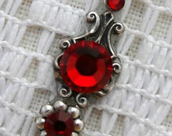 Crimson Bindi