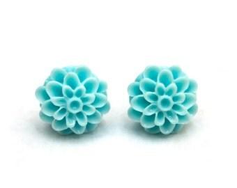 Turquoise mum stud earrings