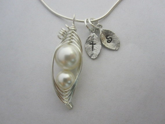 Mother and Child Sweet Peas in a Pod Necklace (pick your colors)