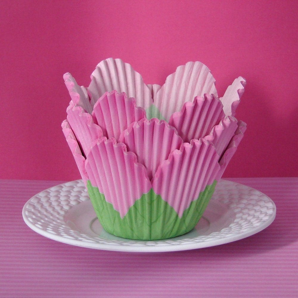 40 Pink Tulip Cupcake Liners Wrappers Baking By Cupcakefashion