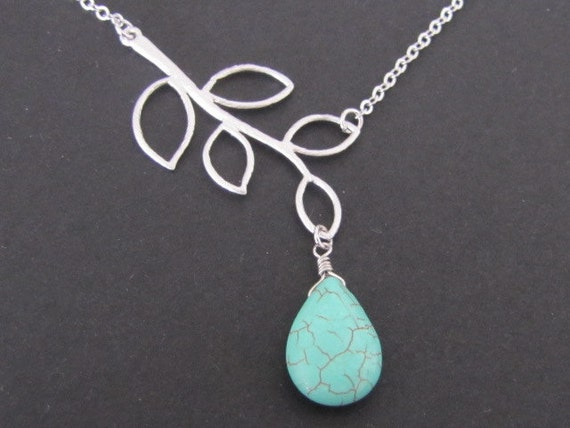 Branch and turquoise magnesite necklace in white gold