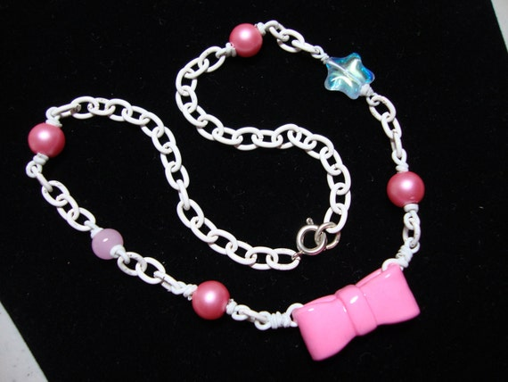 Pink Pastel Bow Necklace Choker - White Chain Pearl Beads - Cutie Kawaii