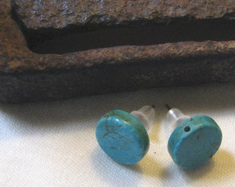 round  turquoise post earrings