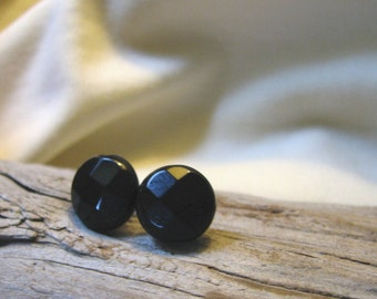 black post earrings