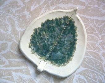 Dark Jungle Pottery Leaf Spoon Rest
