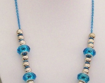 Aqua delight.  Moonbeam silver and aqua necklace w earrings.