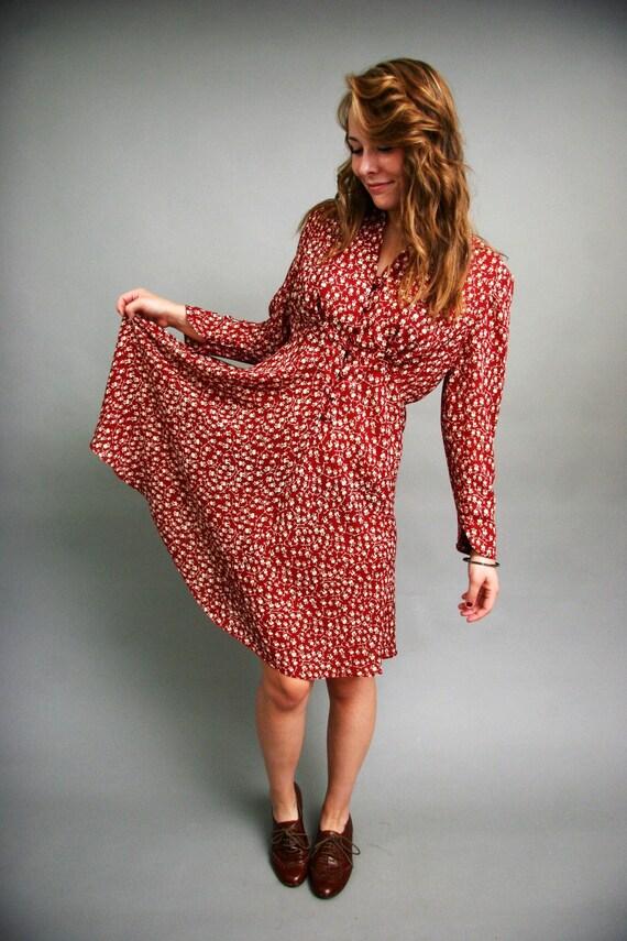 Vintage Red Floral Patterned Long Sleeve Dress