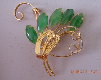 On Sale Faux glass jade gold tone wire metal brooch  pin.