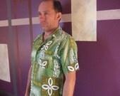 SALE Vintage 1950s Royal Islander Hawaiian Tiki Shirt