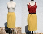 1980s Vintage Yellow Straight Skirt