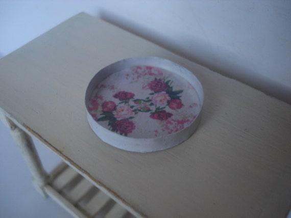 Miniature round tray