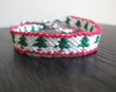 Christmas Tree Friendship Bracelet