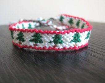 Christmas Tree Friendship Bracelet