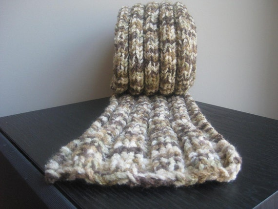 Ribbed Scarf in Browns