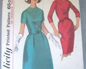 Simplicity 5663 Juniors or Misses Dress with Two Skirts 1963 16 B36