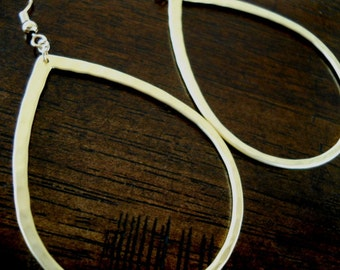 NAHM- Hammered Matte Gold Teardrop Earrings