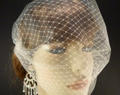"""The French Illusion Double layer Tulle Veil in Ivory 9"""" x 15"""""""