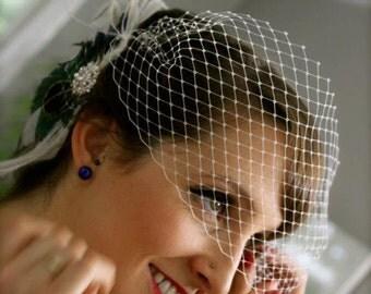 Wedding Head Piece, Bridal Fascinator, Feather Fascinator, Ivory Fascinator, Fascinator, Wedding Veil, Bridal Headpiece, Bridal Veil