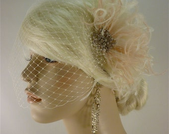 Wedding Fascinator with Brooch, Wedding Fascinator, Wedding Feather Fascinator, Fascinator, Wedding Bridal Veil, Ivory and Blush