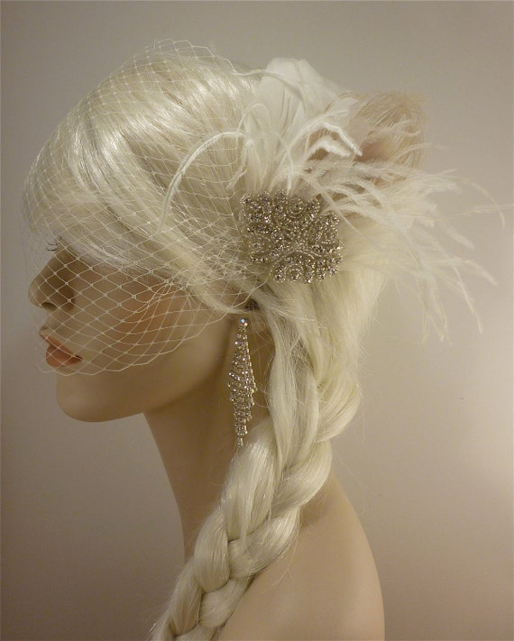 Wedding Fascinator, Feather Fascinator , Wedding Veil, Bridal Headpiece, Rhinestone Hair Clip, Hollywood Bride