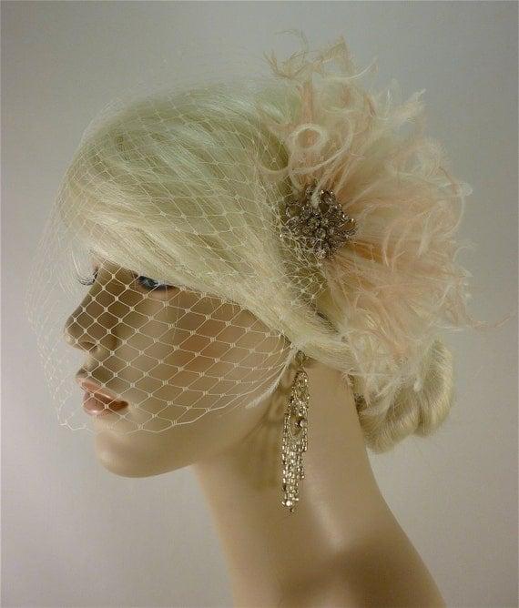 Wedding Fascinator with Brooch, Wedding Fascinator, Wedding Feather Fascinator, Fascinator, Wedding Bridal Veil, Ivory and Blush