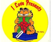 "Vintage 80's ""I Love Presents"" Christmas Garfield Sticker"