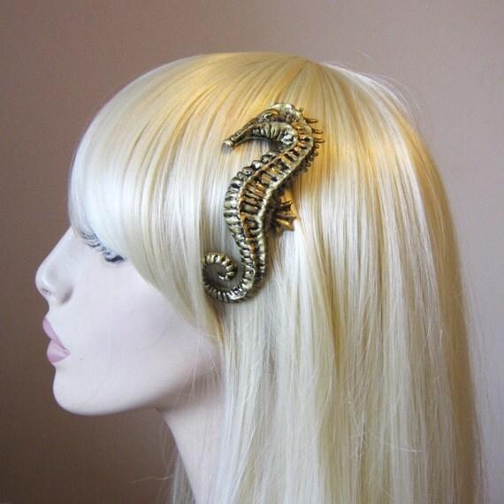 Seahorse hair clip - Brass / Gold resin - Nautical hair accessory