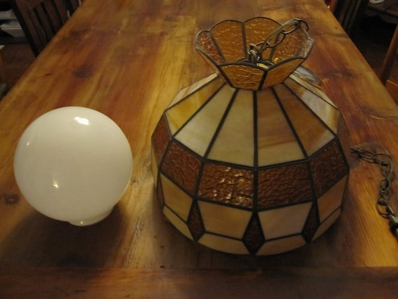 Vintage Tiffany style stained glass hanging light fixture / lamp