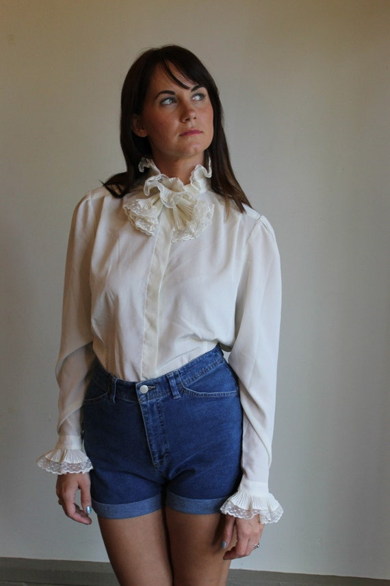 Vintage 70s Blouse / Silky Ivory Decorative Bow Collar  / Medium