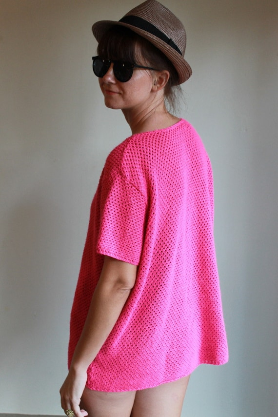 Neon Pink Knit Top  /  Oversized Sweater Shirt  /  Vintage 80s  /  OSFM