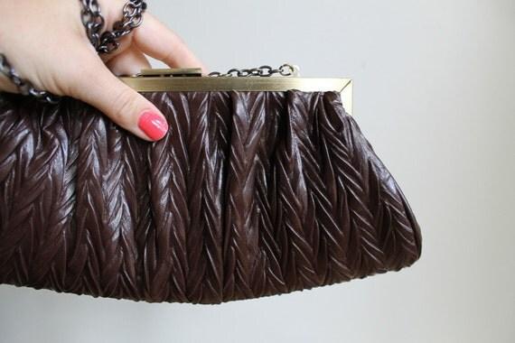 Vintage 60s Handbag  / Brown Leather Clutch Gold Clasp