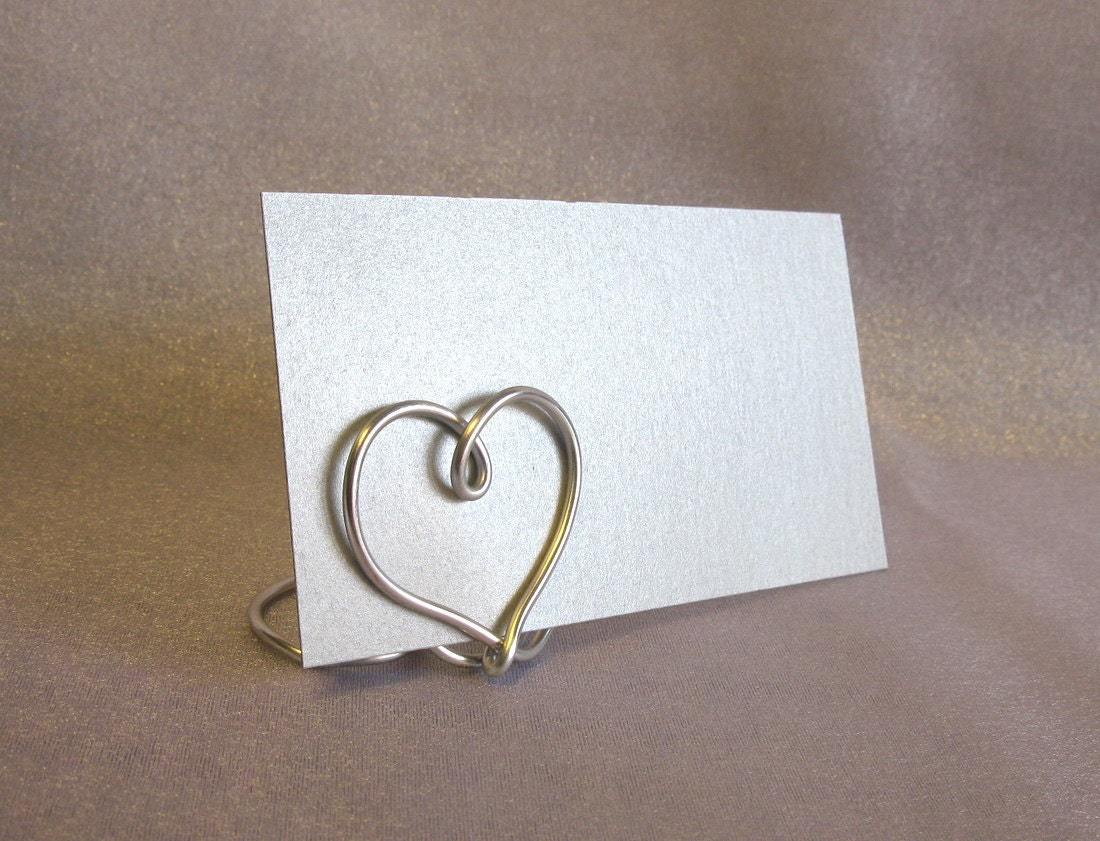 Heart table place card holders set of 12 for weddings for Table place cards