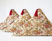 Decorative Pillow Cover Triangular Floral Jacquard Tassel Boho Chic PETITE FLEUR