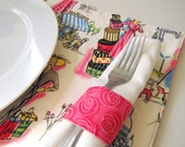 Pair of Reversible Placemats and Napkin Rings: Springtime in Paris