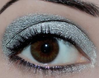 Metallic Silver - Carina Dolci Metallic Collection Eye Candy Shadow
