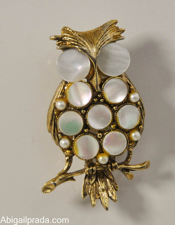 1970s Gold Tone with Mother of Pearl and Faux Pearls Owl Pin Brooch